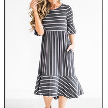 Load image into Gallery viewer, New Round Collar Striped Short Sleeved Dress