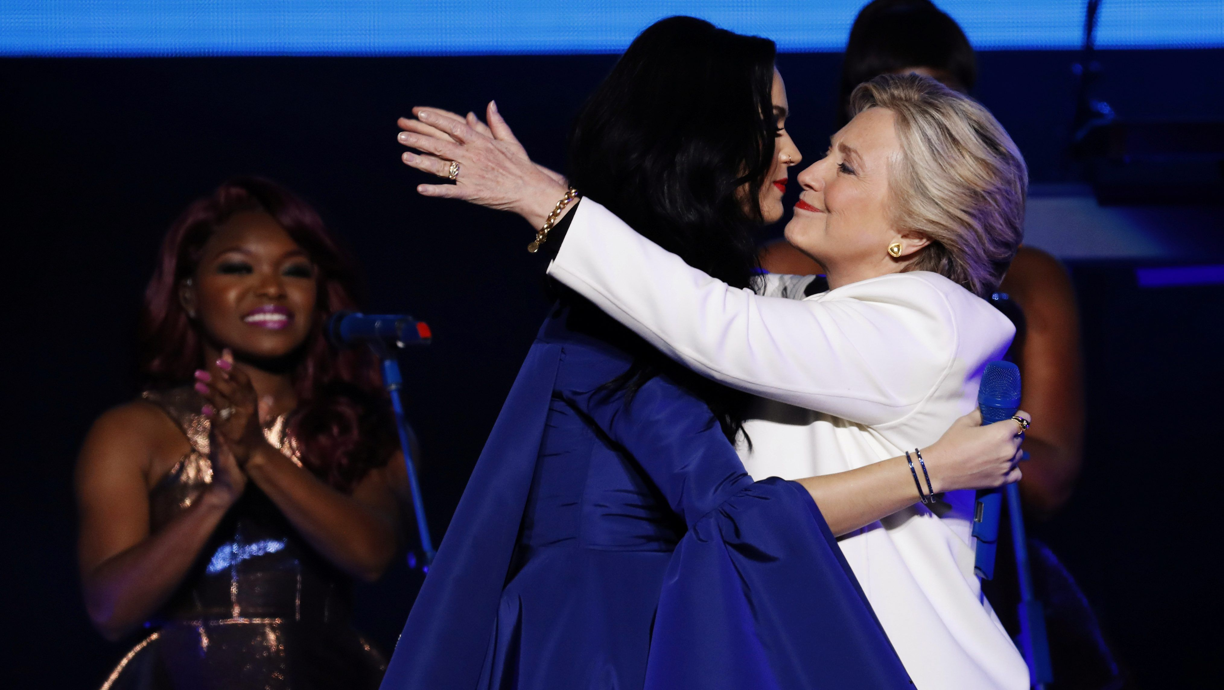Katy Perry, Hillary Clinton. Katy Perry wearing ring by Andrey Yarden