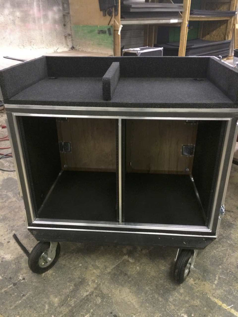 Mixer/Rack case - Brady Cases - 33