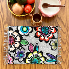 Load image into Gallery viewer, Placemat/ Sarape Reversible Tapete- La Flor