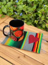Load image into Gallery viewer, Istmo Negro Tazita/ Ceramic Mug