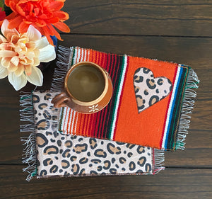 Mug Rug Sarape Reversible Tapetito- Animal/ Cheetah/Leopard Heart