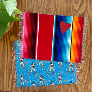 Placemat/ Sarape Reversible Tapete- Wonder Woman