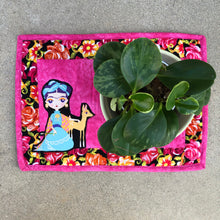 Load image into Gallery viewer, Quilted Frida Placemat