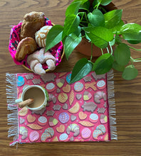 Load image into Gallery viewer, Placemat Sarape Reversible Tapete- Pink/ Blue/ Pan Dulce