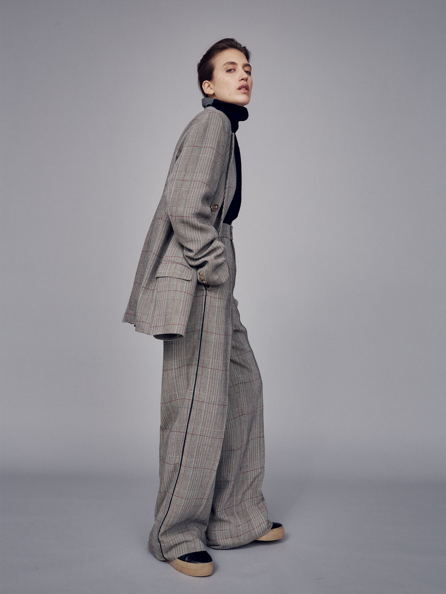 women pre fall 19 look 3