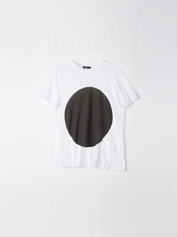 bassike womens dot t.shirt ll in white w / black dot