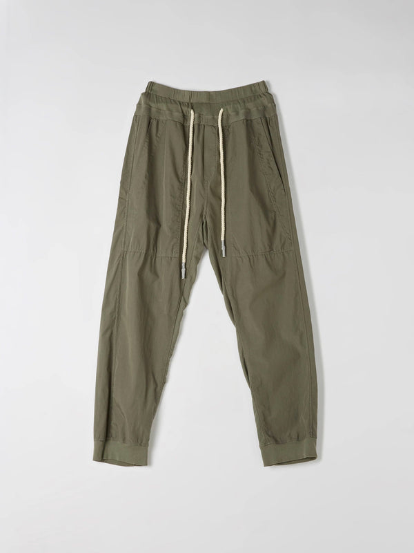 bassike utility cotton jersey pant in imperial army