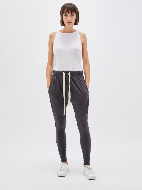 bassike slouch jersey pant lll in washed navy