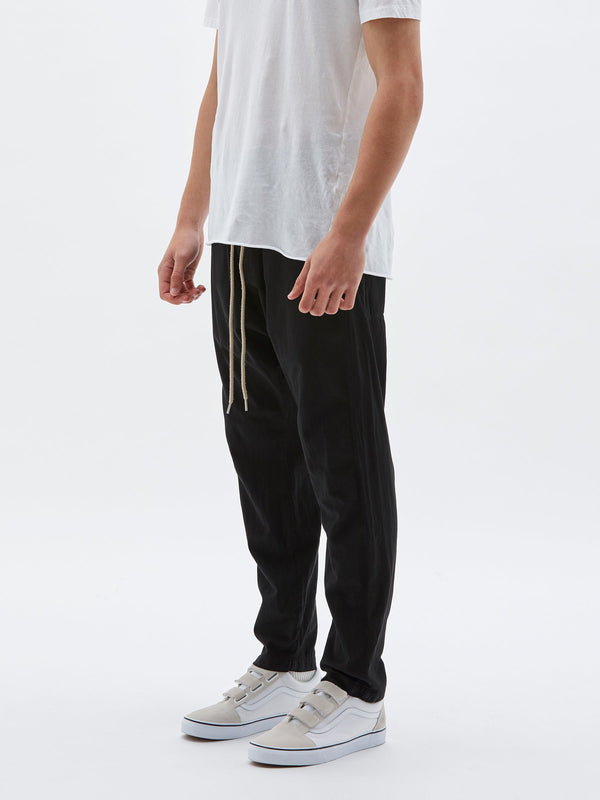 bassike twill classic beach pant in black