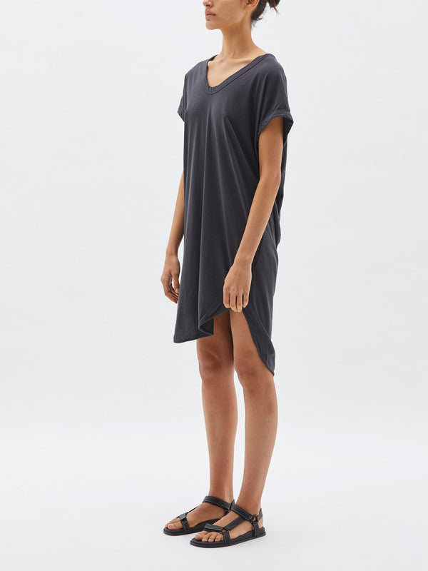 bassike boxy t.shirt dress with tail LL in washed mint