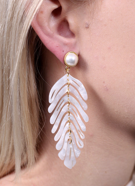 Hit Refresh Resin Leaf Pearl Earrings-Ivory