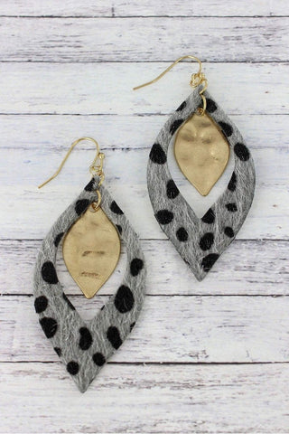 So Chic Silver Gray Cheetah Marquise Earrings