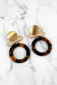 Work Week Chic Tortoiseshell Earrings-Cream