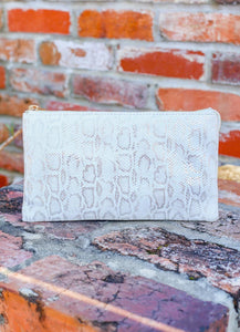 You've Got A Way Faux Snakeskin Crossbody Clutch- Shimmer White