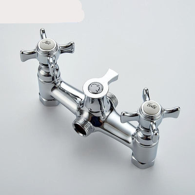 CHROME PLATED BATHTUB FAUCET – HOT AND COLD WATER CONTROL