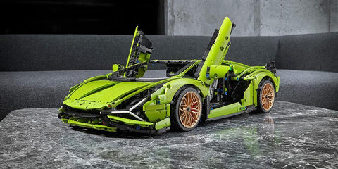 LEGO showed the model of the most powerful Lamborghini supercar