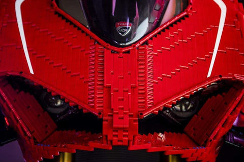 Ducati Panigale V4 R made of LEGO in real size! [MANY PHOTOS]