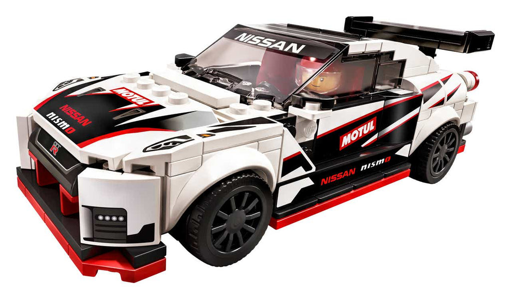 LEGO Nissan GT-R Nismo made of 300 Lego parts | LAMINIFIGS