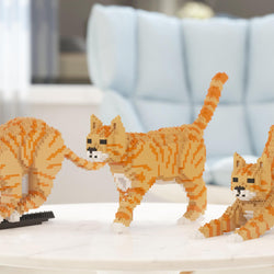 Orange Tabby Cats Sculptures - LAminifigs