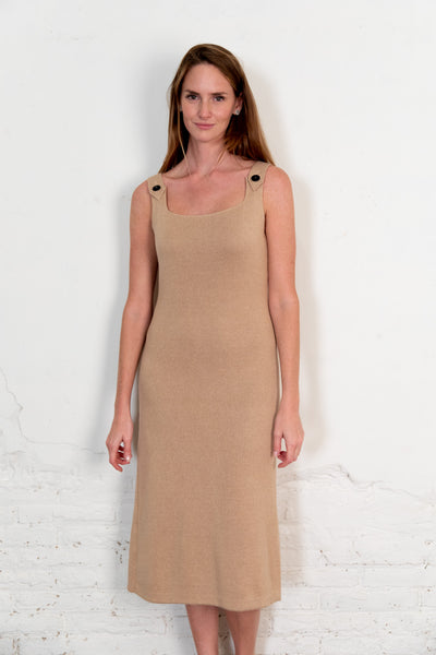 Pevic dress. Organic woman dress. The Nordic Leaves. Fair trade. Organic cotton. Organic clothing. Sustainable fashion