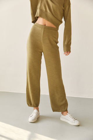 The Wool Pants Leaf
