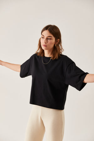 The Oversized Boxy Tee Black