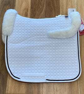 Mattes Dressage Pad Square White Quilt with white top and bottom fleece Large