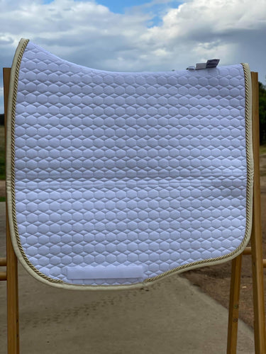 Mattes medium Eurofit dressage pad white with champagen
