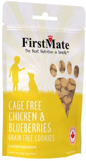 First Mate Cage Free Chicken & Blueberries 8 oz.