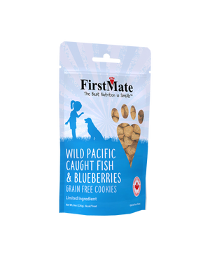 First Mate Wild Pacific Fish & Blueberries 8 oz.