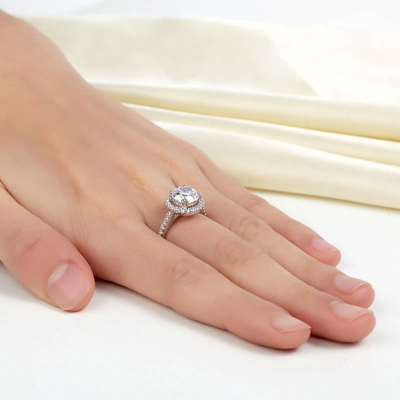 2 Carat Simulated Diamond 925 Sterling Silver Wedding Engagement Halo Ring
