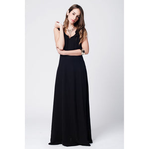 Black crossed stripes maxi dress with ruffle front