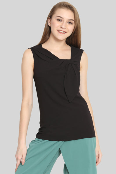 Bow on neck black top
