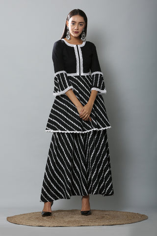 Black and White Embroidered Kurta Set