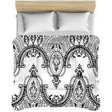Load image into Gallery viewer, Arched Lace Bedding Comforters - Artski&Hush
