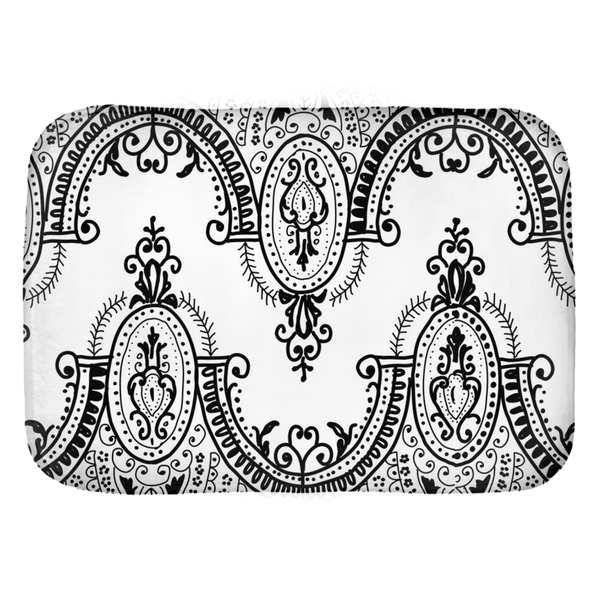 Arched Lace Bath Mats