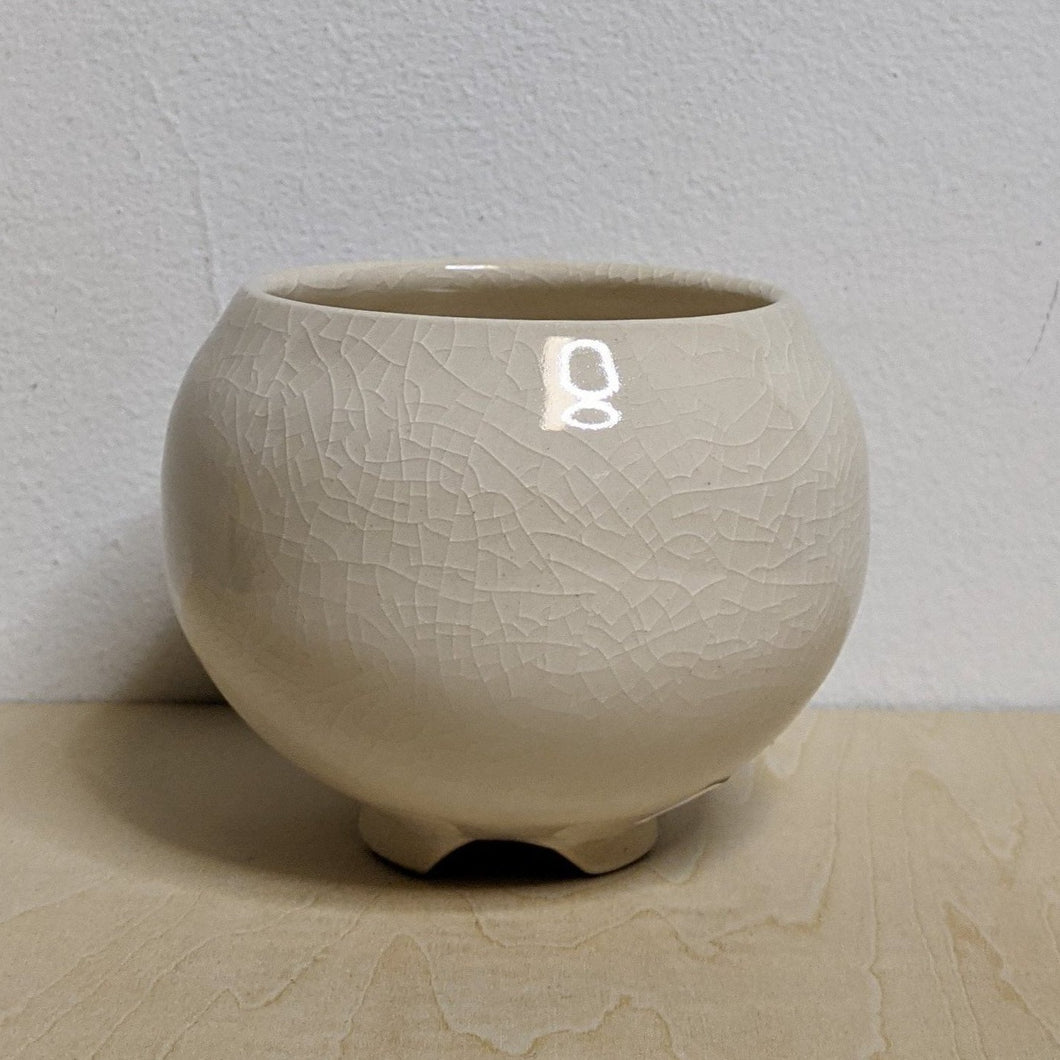 White ceramic cauldron