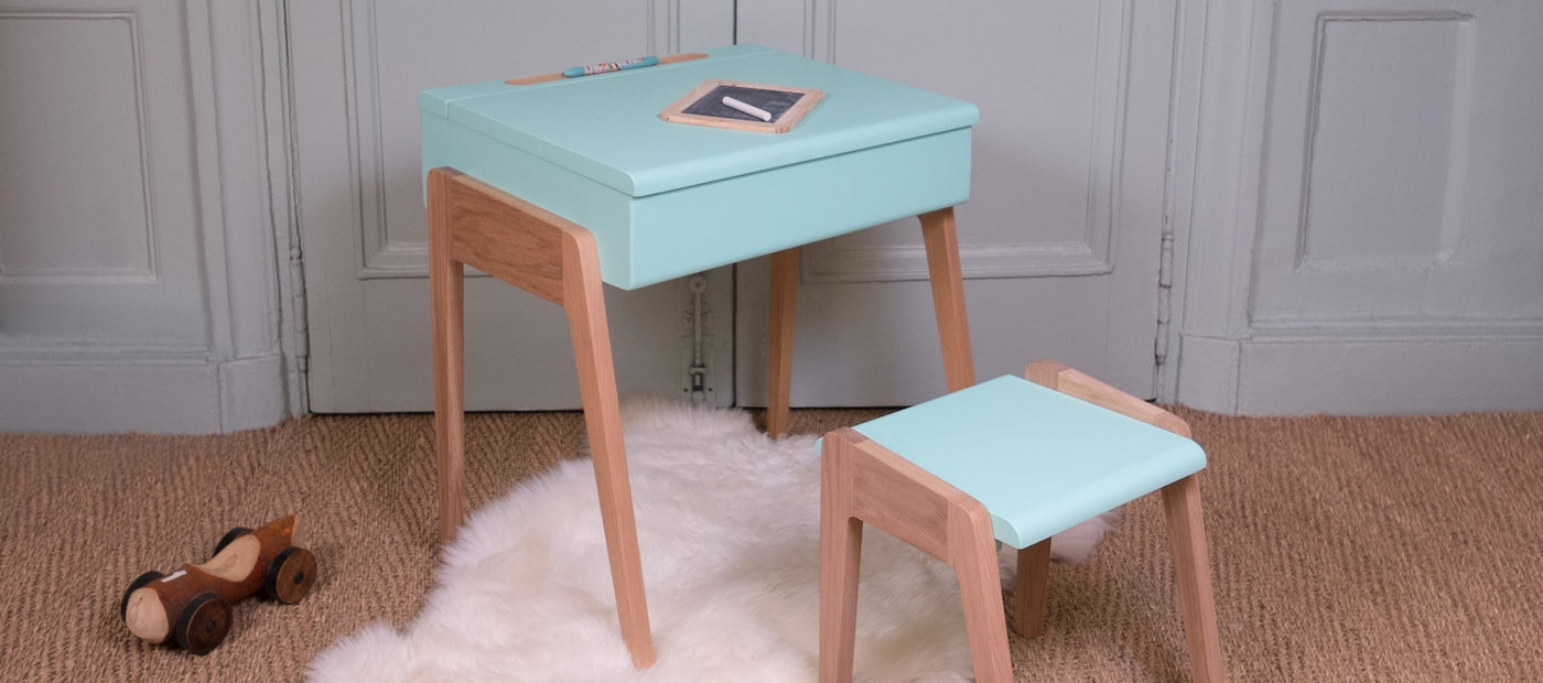 Kids Desks & Stools