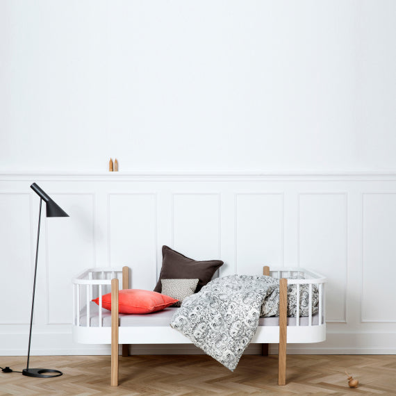 OLIVER FURNITURE WOOD JUNIOR BED - WHITE | OAK (90 X 160 | 200 CM)