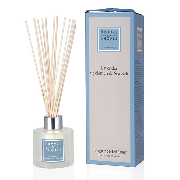 BROOKE & SHOALS REED DIFFUSER - LAVENDER, CYCLAMEN & SEA SALT