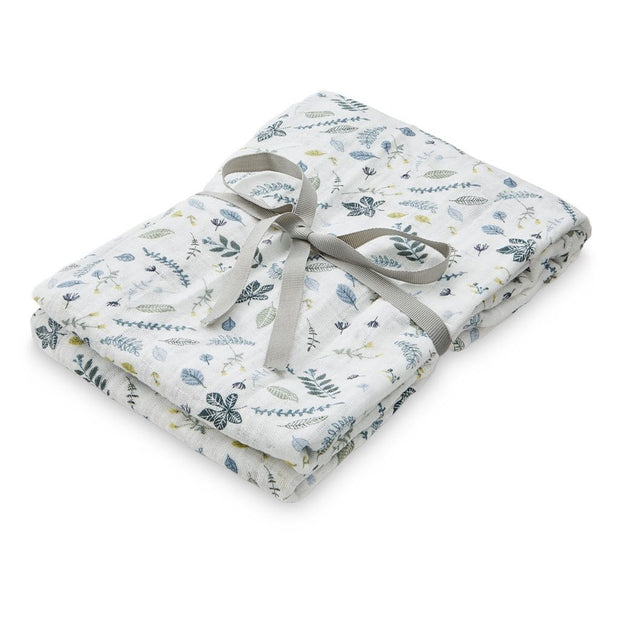 CAM CAM COPENHAGEN ORGANIC SWADDLE LIGHT - PRINTED LEAVES BLUE