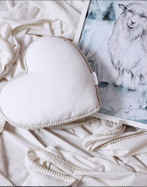 COTTON & SWEETS BUBBLE HEART BOHO CUSHION- VANILLA