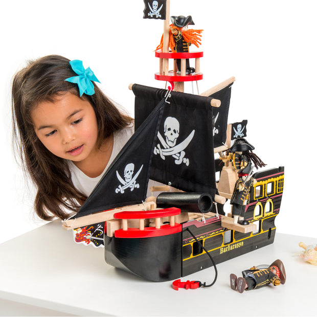 Le Toy Van Wooden Toy Set - Barbarossa Pirate Ship