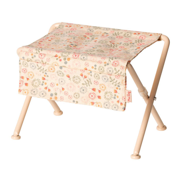 MAILEG NURSING TABLE