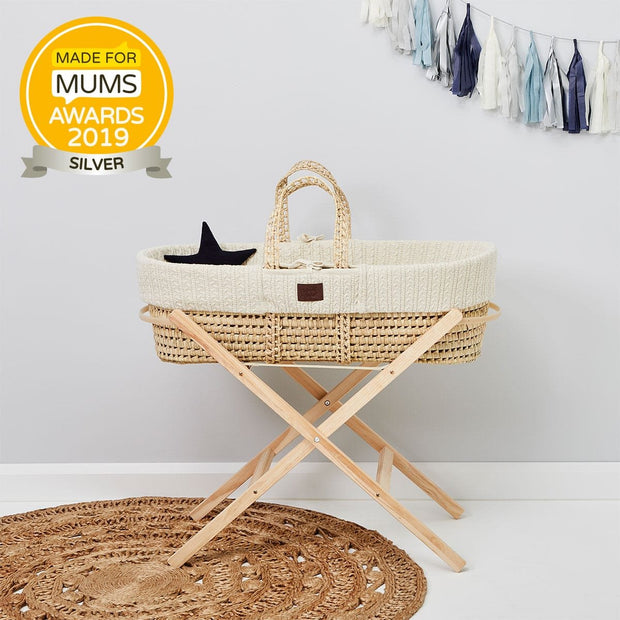THE LITTLE GREEN SHEEP ORGANIC KNITTED MOSES BASKET + MATTRESS - LINEN
