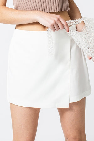 Up All White Skort