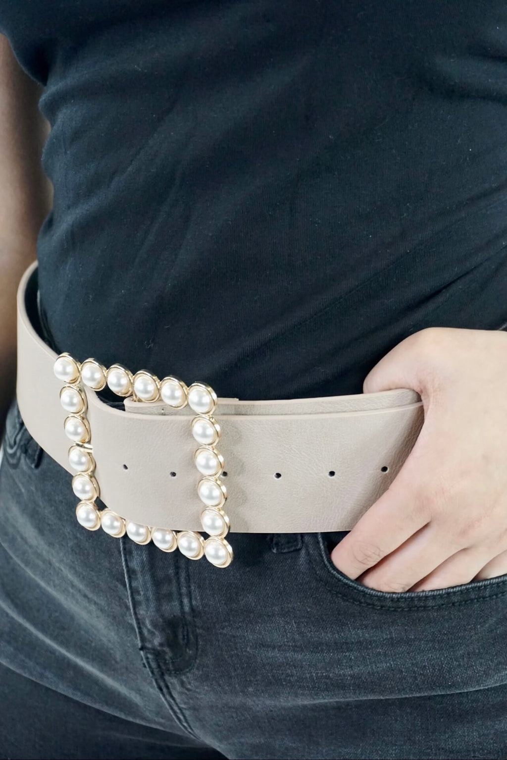 What a Pearl Wants Taupe Belt
