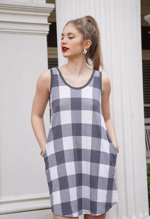 block design jersey dress, black and white jersey dress, summer jersey dress