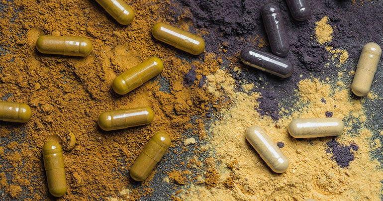 powder capsules of herbs for good health